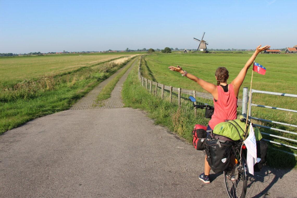 Choisir sa selle de vélo femme pour le cyclotourisme