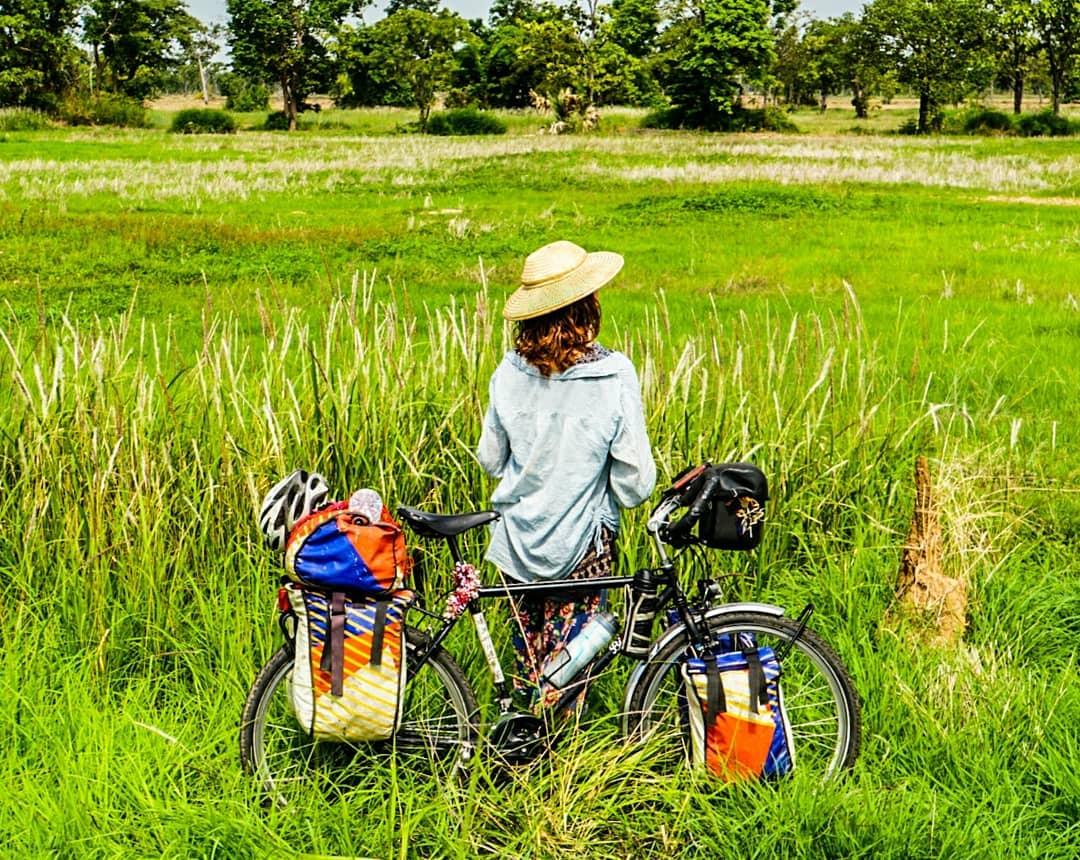 Un voyage à vélo de la France au Cambodge avec Cloé