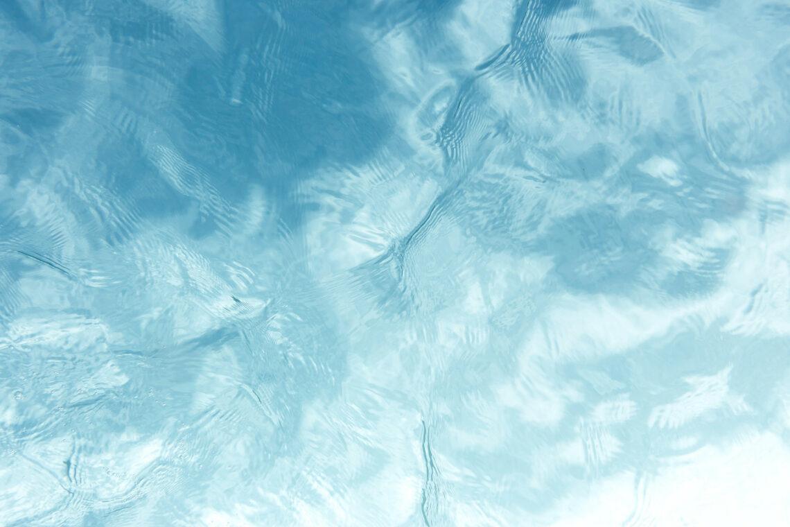 L'eau potable en voyage à vélo : Filtrer et purifier