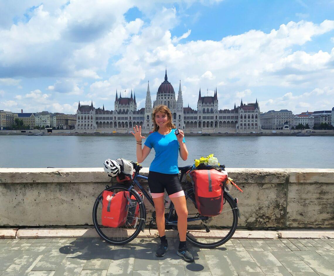 Voyager seule à vélo : les conseils de Manon
