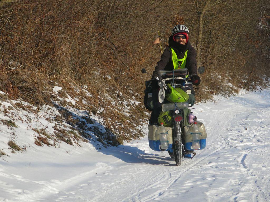 INTERVIEW : No Mad's Land, 10 ans de nomadisme à vélo
